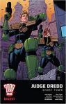 2000 AD Digest - Judge Dredd: Ghost Town par Grant