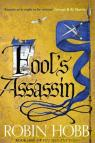 The Fitz and the Fool Trilogy, tome 1 : Fool's Assassin par Hobb