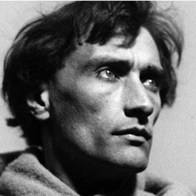 https://www.babelio.com/users/AVT_Antonin-Artaud_3235.jpeg