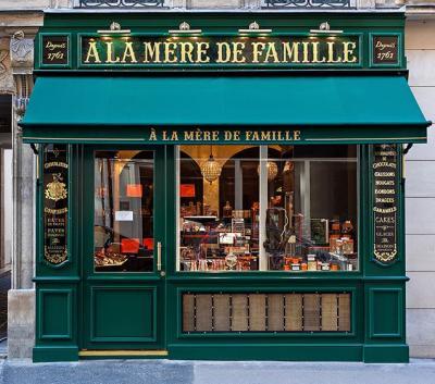 La Mere De Famille Paris