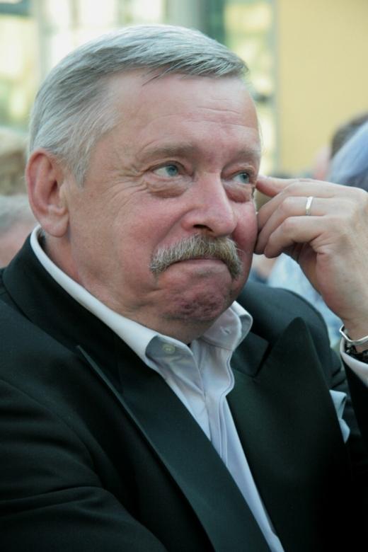 Viatcheslav Pietsoukh - Babelio