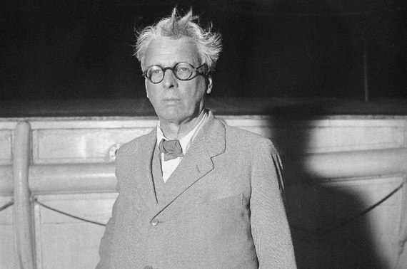 in memory of wb yeats in Treating him as a lesser follower of w b yeats and t s eliot  and in memory of w b yeats, the unknown citizen  the collected poetry of w h.