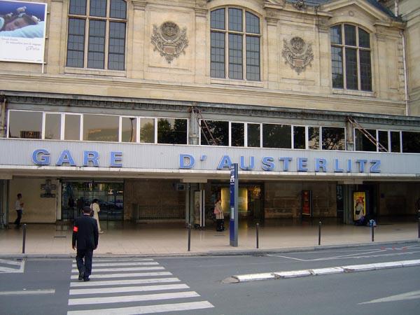 testez vous sur ce quiz les gares parisiennes d 39 hier et d 39 aujourd 39 hui babelio. Black Bedroom Furniture Sets. Home Design Ideas